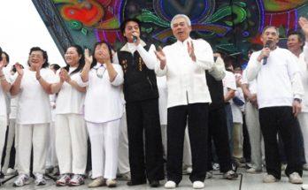 宮慶正月廿九台上唱歌